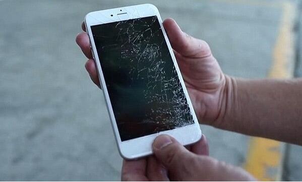 经第三方维修iPhone屏幕官方保修仍有效