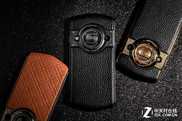 融入腕表设计元素 8848钛金手机M3评测