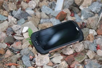 MANN ZUG 5SQ用户实测,下雨淋水也能使用