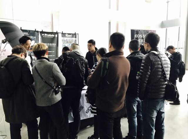 2017年光影艺术巡展重庆站 耀眼国际