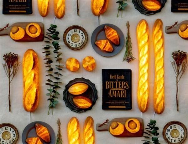 日本人脑洞又大开 面包挖空做成灯