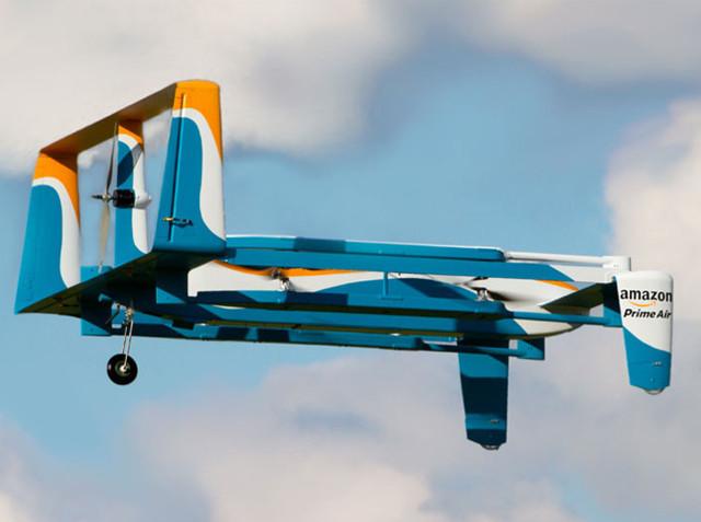 亚马逊获得无人机充电中转站专利 第8张