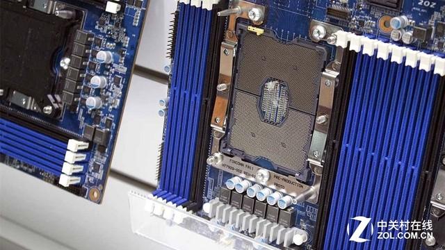 谁说挤牙膏?Intel新Xeon性能暴涨59%