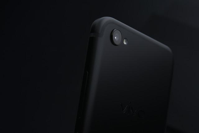 黑色手机中的新贵 vivo x9磨砂黑配色今日启预售