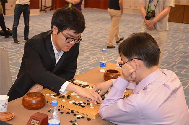 首届新奥杯世界围棋赛 柯洁挺进决赛