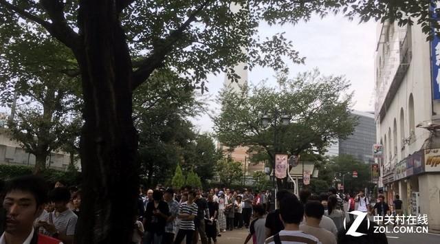 日本5000人排队摇号 只为买Switch