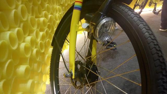 三级变速还自带车灯的小黄车喜欢吗?