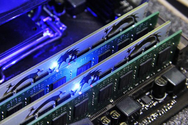 DDR3还是DDR4?B150主板混合内存如何选