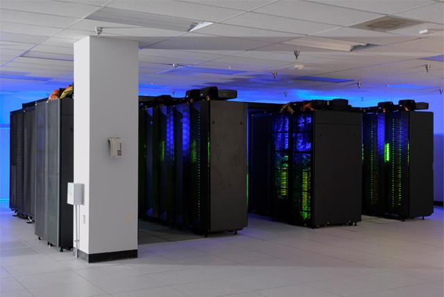 中国研发更快超级计算机 每秒百亿亿次
