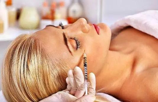 新氧D轮融资:将向医美妆专业化延伸,为线下实体经济赋能插图