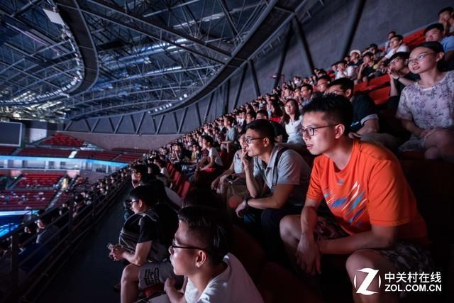 "RoboMaster2017机甲大师赛""华南虎""夺冠"