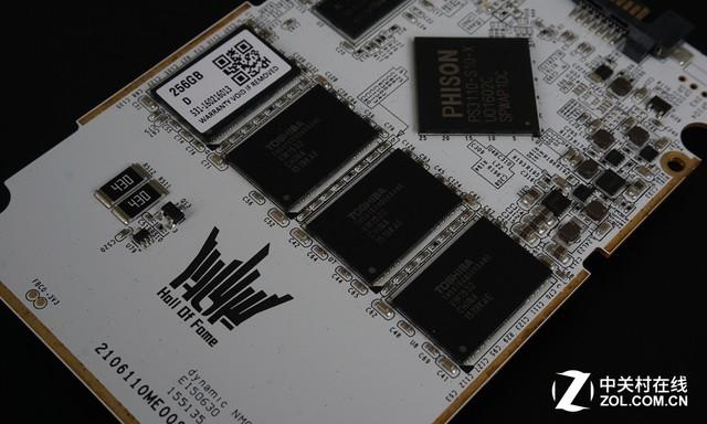 信仰灯新玩法 影驰名人堂HOF LED SSD