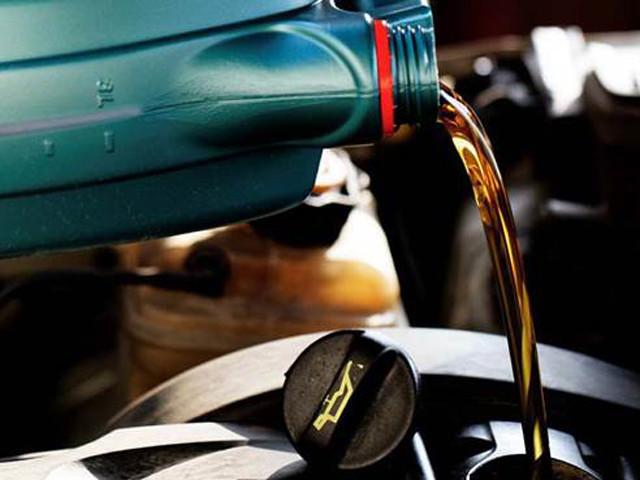 """作为发动机""""血液""""的机油 该怎么选择?"""