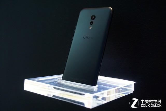 vivo Xplay6磨砂黑搭配XE1000听感评测