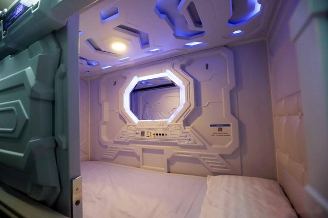 共享太空舱来了!有空调WiFi睡半小时才6元