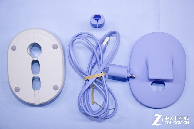 2合1小可爱 评摩米士U·Dock创意充电座