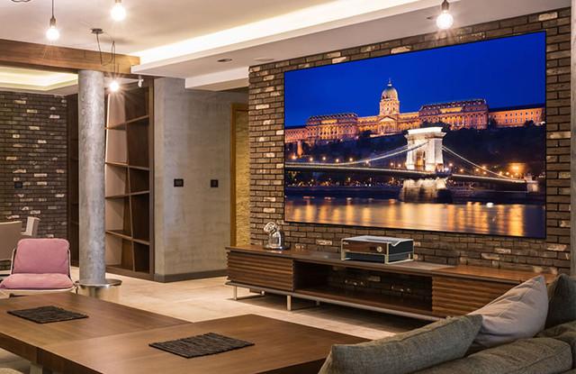 100吋的客厅巨幕 激光电视选购帮帮忙