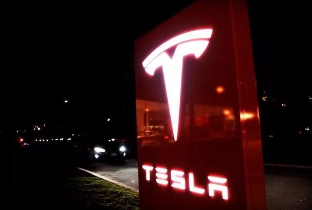 马斯克:Model 3将于3月31日接受预订
