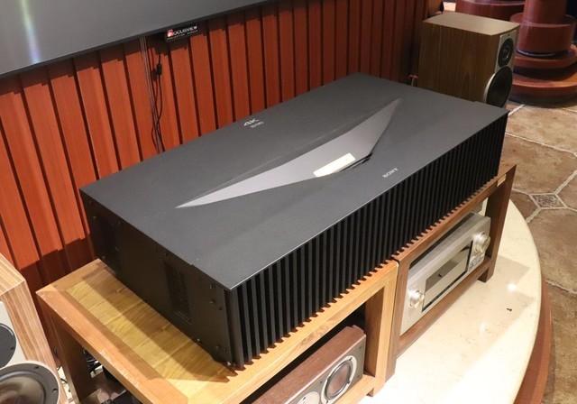 4K/HDR/激光 体验索尼14万元旗舰投影