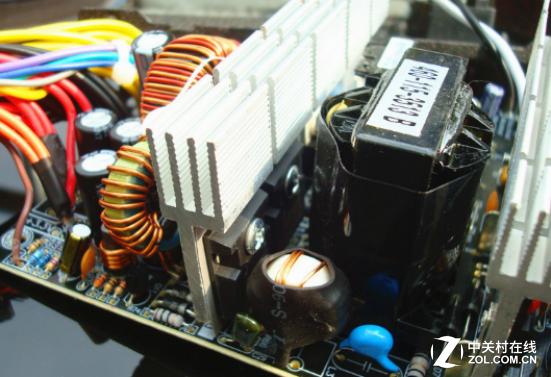 服务有保障 刀锋50AK450电源三年换新
