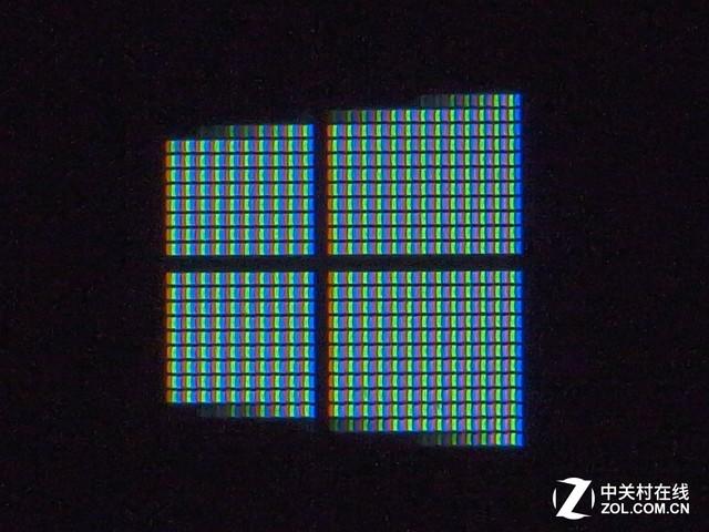 色域碰撞 Tbook 16 Power屏幕效果对比