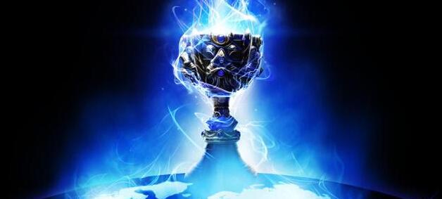 全球总决赛奖杯(图片来源于网络)