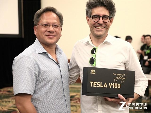 老黄慷慨 NV向清华北大赠送Tesla V100
