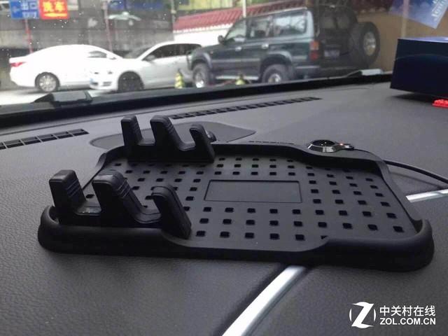 给您手机安个家 车居两用硅胶防滑支架