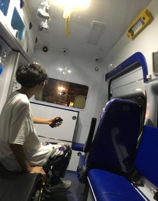男子网约顺风车 结果来了辆120救护车