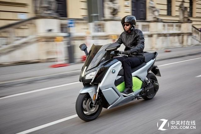 宝马电动摩托C Evolution进军美国市场:售价13750美元