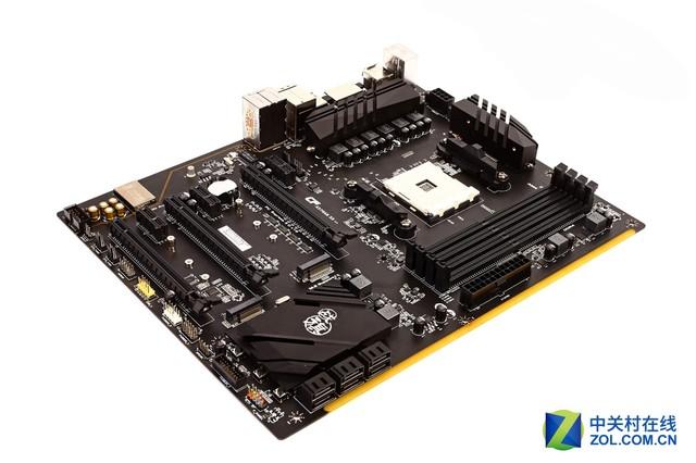 Ryzen5性能直逼i7 搭配X370主板更可靠