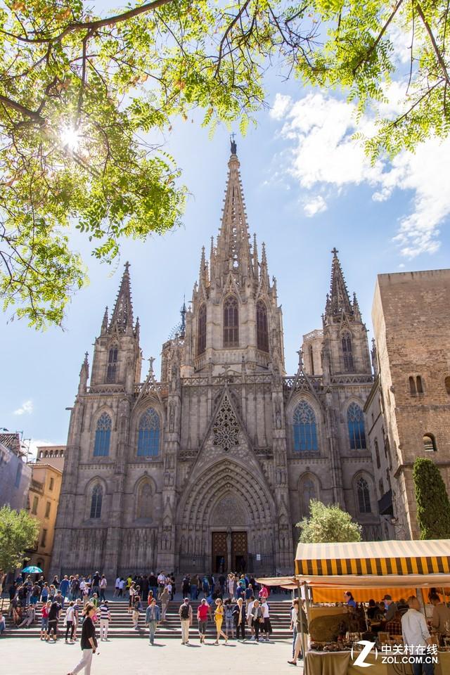 大C游世界 西班牙巴塞罗那老城区的教堂