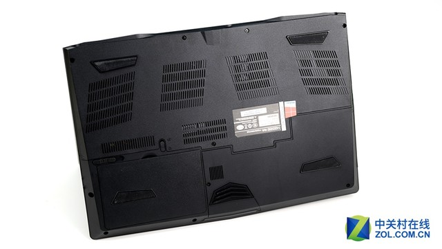 GTX1060加持 神舟战神ZX7游戏本评测