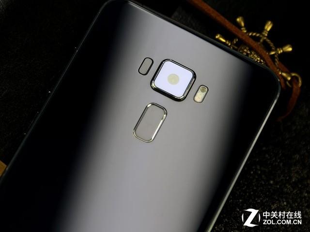双面2.5D玻璃 华硕ZenFone 3灵智评测