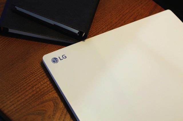 LGgram笔记本获媒体赞誉,笔记本win732位旗舰版,开启商务轻办公