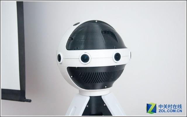 IDEALOEYE 360全景VR摄像机   此外,发布会现场还设有动感单车体验区、时尚达人东京VR购物体验区等等。在动感单车体验区,体验者脚踏健身自行车,通过传感器实时采集数据,使其在屏幕的虚拟场景中得到仿真和展示,体验者仿佛置身在一条绿道上,沿途风景如画,在室内就体验到了在室外骑行的乐趣。知名时尚达人@lulu陆陆lulu也向公众现场展示VR购物,让公众看到未来VR融入生活、改变时尚生活的全新可能。 大咖助力全球产业链生态布局   众所周知,日本是亚洲电子强国和优质内容及创意输出国。此次IDEALE