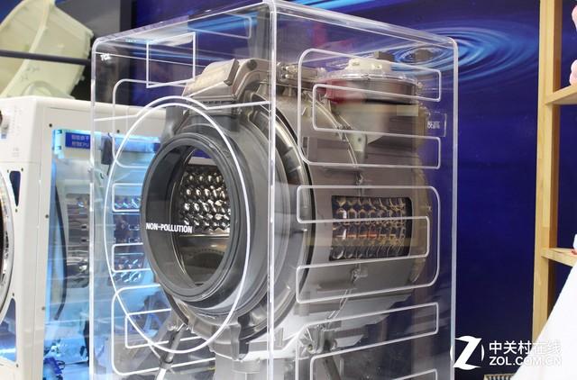别再用脏水洗衣了!围观TCL免污式洗衣机