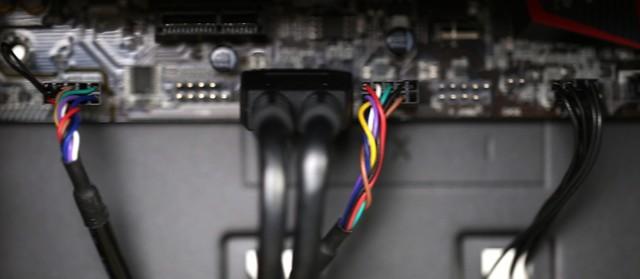 安装独立显卡和机箱跳线 DIY攒机硬件新闻图片