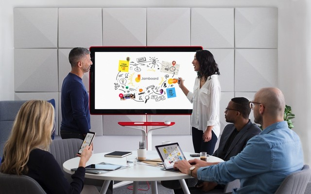 PK Surface Hub?Google 4K白板5月开卖