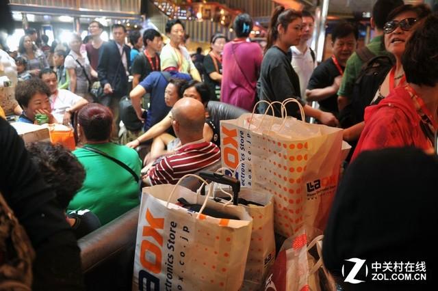 """中国游客在日本被""""宰""""还是十分开心"""