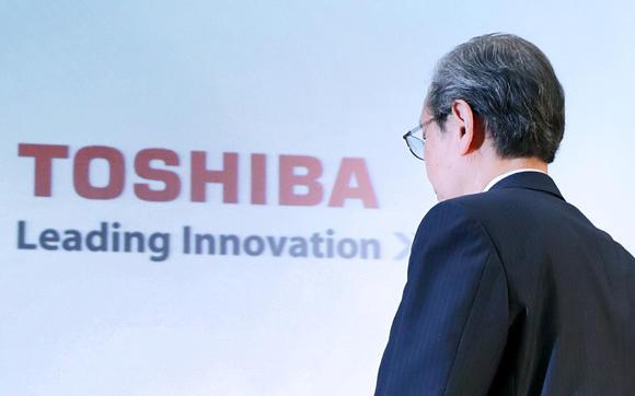 富士康寻求软银协助以消除日本对东芝技术外泄担忧