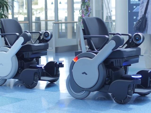 自动驾驶轮椅 能带着你自动过安检和登机
