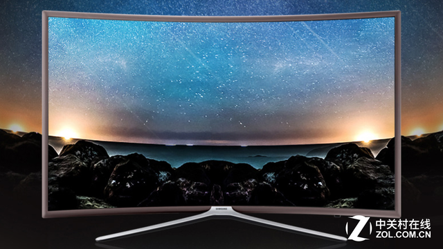 三星 UA55K6800 在画质技术方面,三星家和悦目系列K6800是一款全高清曲面电视,拥有丰富的色彩、生动逼真的细节,可为用户带来身临其境的震撼视觉体验。而作为一款智能电视,三星K6800曲面电视可以为用户提供电影、电视、游戏以及各种体育比赛等多方面节目内容,让家人,尤其是家中的老年人能够通过一台电视,享受到便捷操作的快感,从而感受到丰富精彩的美好生活。