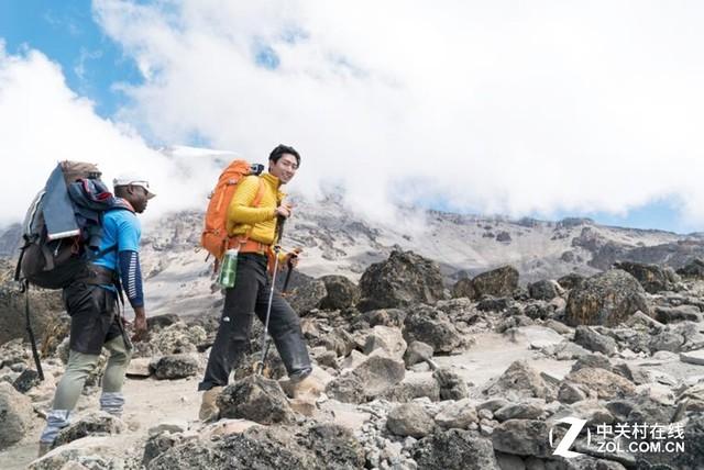 勇攀之旅酷拍记录 索尼伴窦骁攀乞力马扎罗