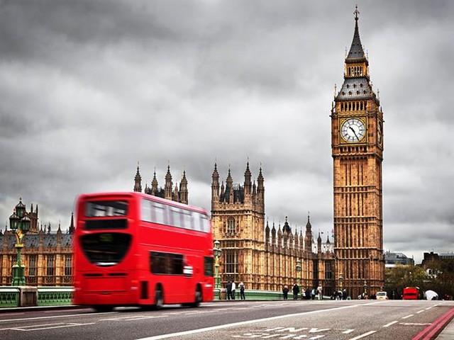 想去英国 因为他们是移动连接速度之王