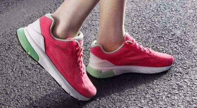 什么都敢卖的小米 智能运动鞋下月上市