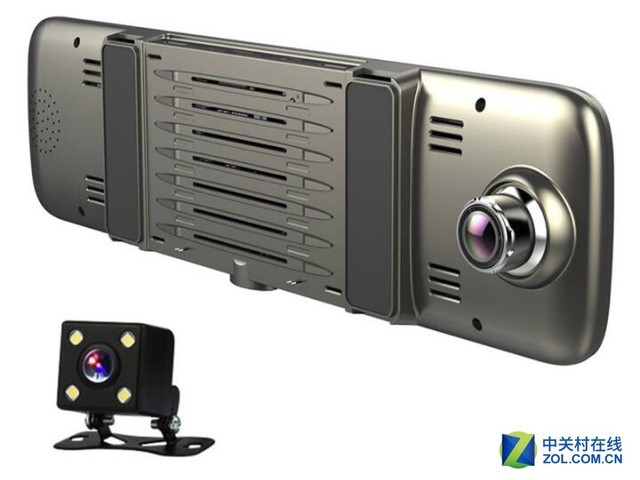惠普S760智能后视镜 编辑点评:惠普S760智能后视镜还可便携安装,安装不求人,还具有全方位车载网络服务,不仅能使用自带3G网络,还有WiFi热点分享给车内的设备连接网路。除此之外,S760还具有诸如高德定制版导航,语音控制,FM发射,蓝牙通话、电子狗测速预警,碰撞锁定,停车监控,微信互联等实用功能。 本文属于原创文章,如若转载,请注明来源:车内主动安全配置,必备智能后视镜推荐http://gps.