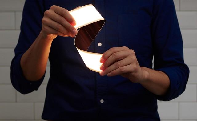 像纸一样又薄又软 LG的OLED灯见过么?