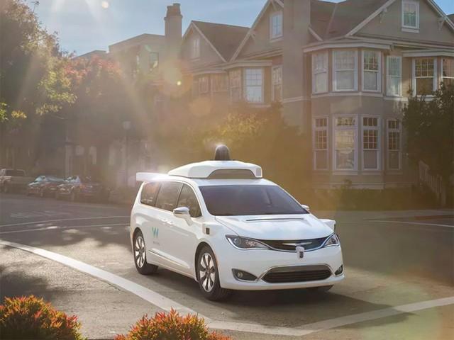 谷歌无人驾驶汽车新专利 碰撞可软化车身