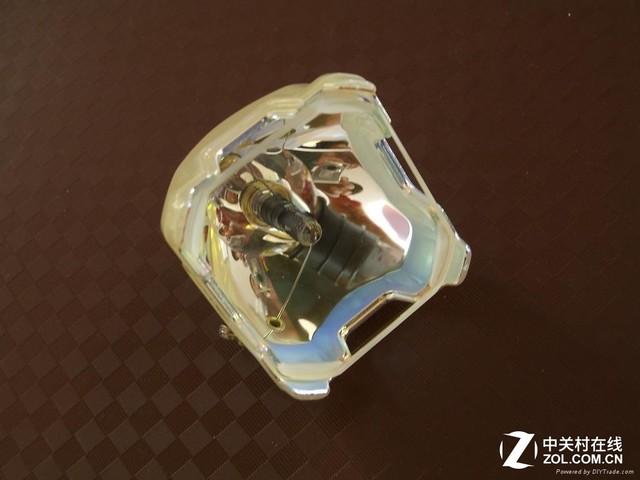 激光智能微型投影机将独霸投影机市场